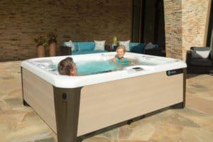 HotSpring spa Highlife Triumph - Splash Pool & Spa Cedar Rapids