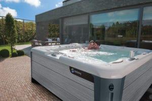 HotSpring Highlife Envoy - Splash Pool & Spa Cedar Rapids